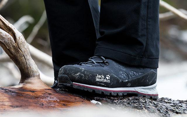 Women Trekking footwear